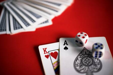 Learn How to Play Baccarat at Play Club Casino